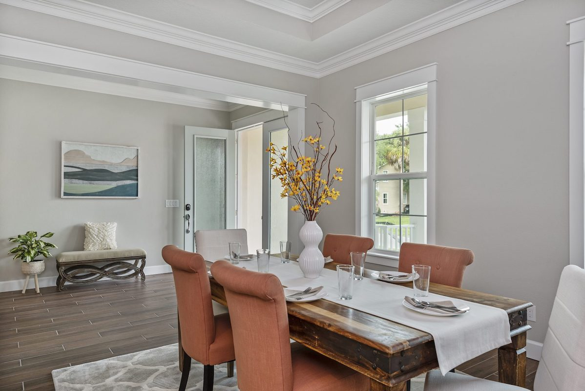 dinning room designed and built by New Legacy Homes, the best South Tampa homebuilder