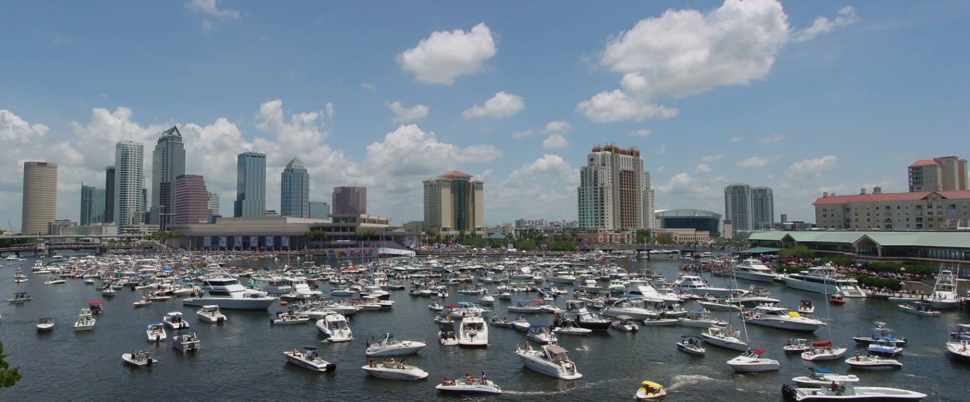 boats all in the Tampa Bay