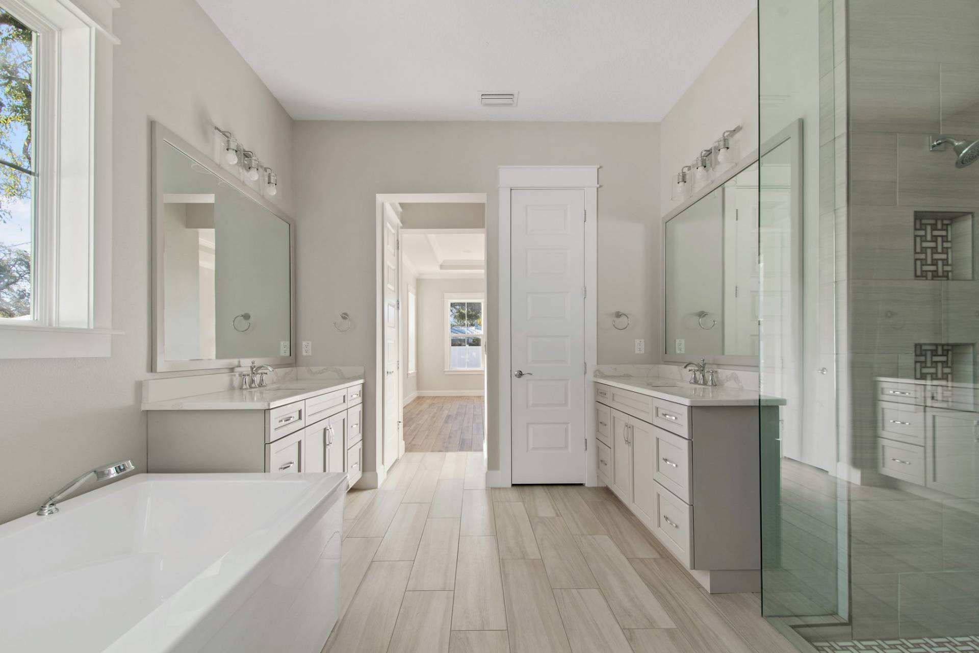 bathroom designed and built by New Legacy Homes, best of South Tampa homebuilder